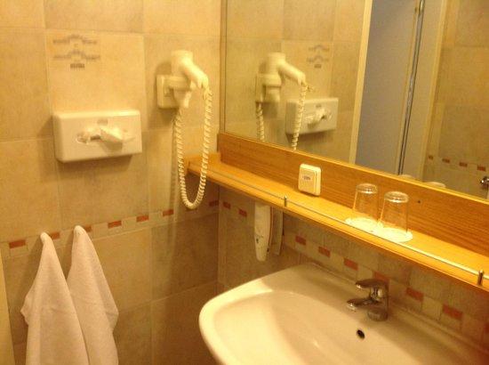 Konventa Seta Hotel : Ванная комната