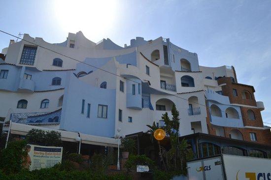 Hotel Sporting Baia : dalla strada