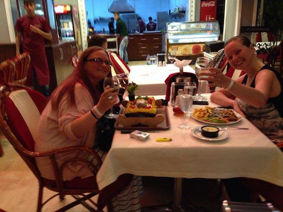 Samdan Restaurant : Enjoying the T-bone steak!