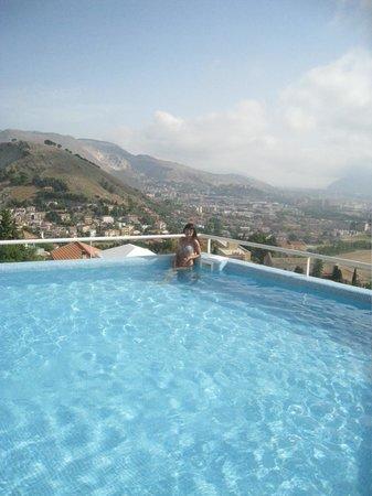 Hotel Bel 3: Замечательный бассейн освежает в жару