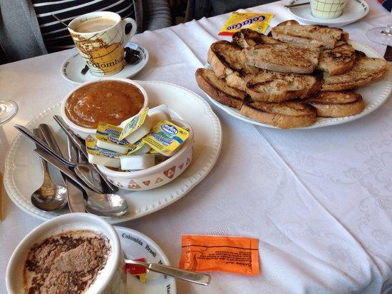 Hotel Casa Paulino Taramundi: Desayuno