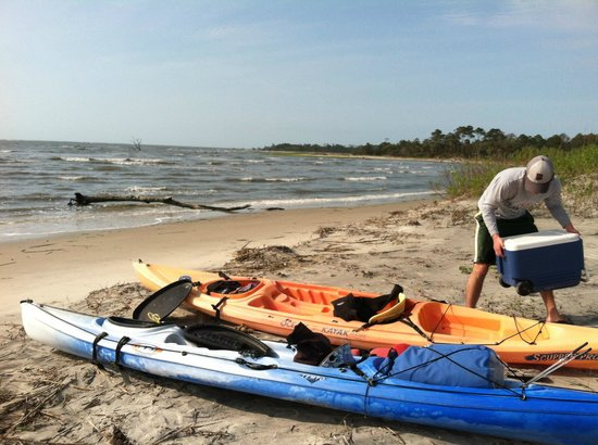 North Island Surf and Kayak: unloading camping gear