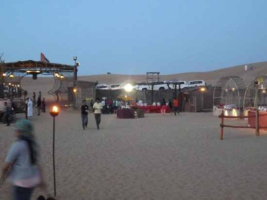 Lama Tours: Buffet area.  Good food, not dried out or cold.