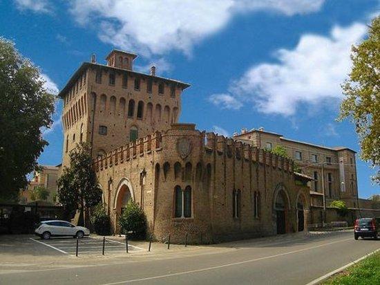 Mirandola, Italia: Il Castello dei Pico
