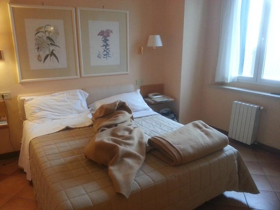 bedroom - picture of hotel bel soggiorno, san gimignano - tripadvisor - Hotel Bel Soggiorno San Gimignano Tripadvisor
