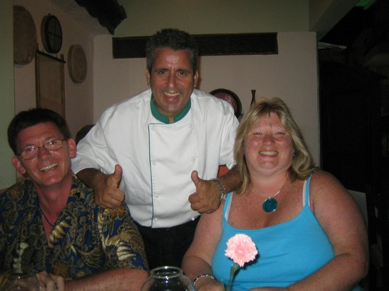 Sunbow Restaurant: fitos and 30 years  quest