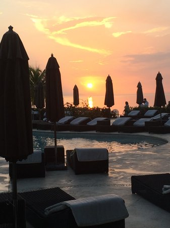 Secrets Wild Orchid Montego Bay : Sunset overlooking one of the pools