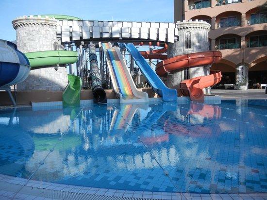 Le Marabout Hotel : Aqua park