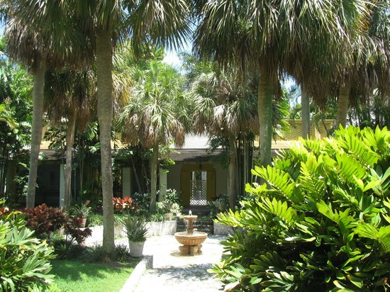 Interior Courtyard Picture Of Bonnet House Museum And Gardens Fort Lauderdale Tripadvisor