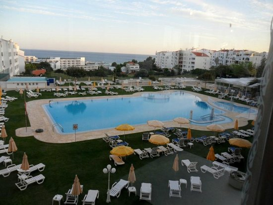 Hotel Apartamento Brisa Sol: view from bar balcony
