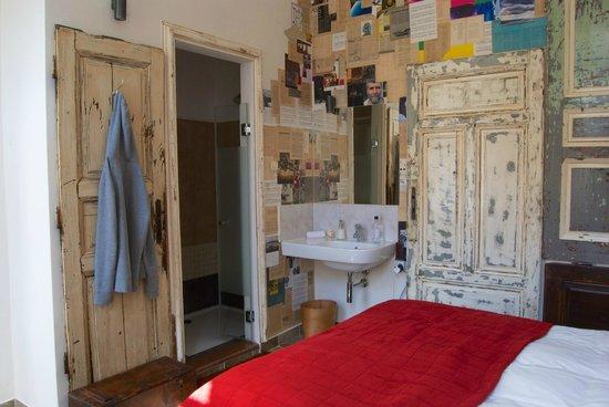 Brody House : The Agi Room