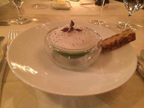 Le Cinq: Watercress jelly and Bergamot foam