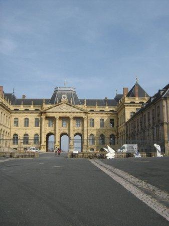 Hôtel Les Pages : le château