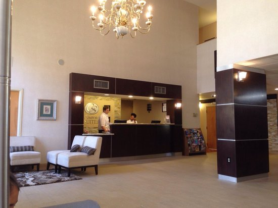 Comfort Suites Sugar Land: Lobby.