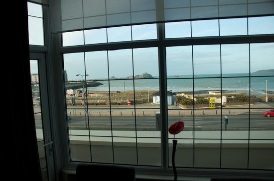 Grand Jersey Hotel & Spa: room with a view