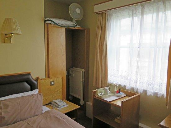 Sandringham Hotel: Guest Room