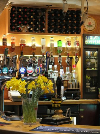 Sandringham Hotel: Bar