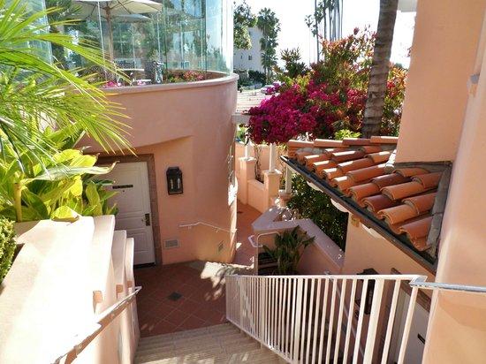 La Valencia Hotel: p 1