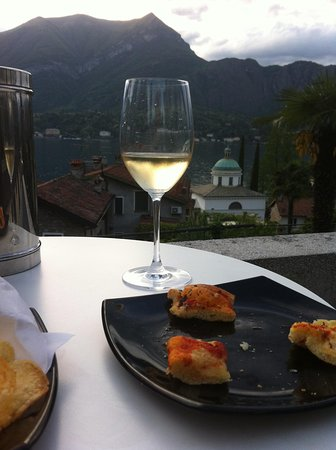 Hotel Silvio: Apéritif sur la terrasse
