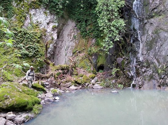 Kalloni, Grecia: Waterfall of Klapados