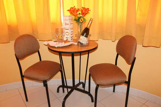 Hotel y Restaurante Roma : .