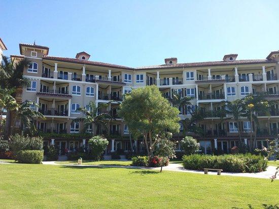 Sandals Grande Antigua Resort & Spa : View of the Mediterranean building