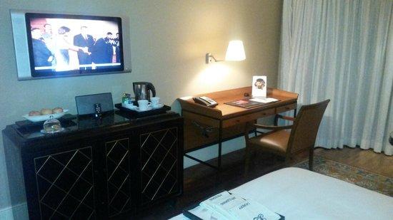 The Leela Mumbai : Ansicht Zimmer