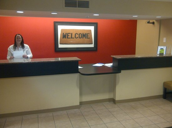 Extended Stay America - Orlando - Convention Center - Universal Blvd: Front desk