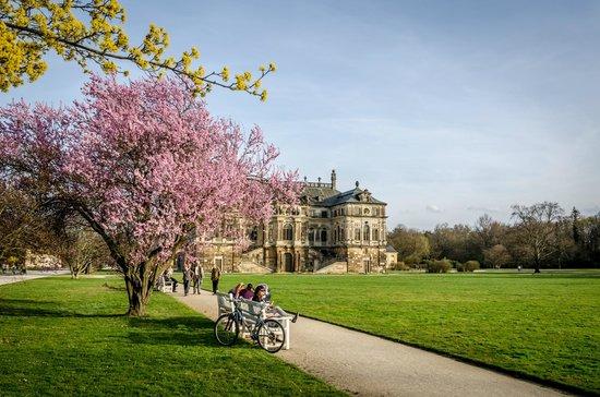 Palais Großer Garten: Blick auf das Palais im Großen Garten