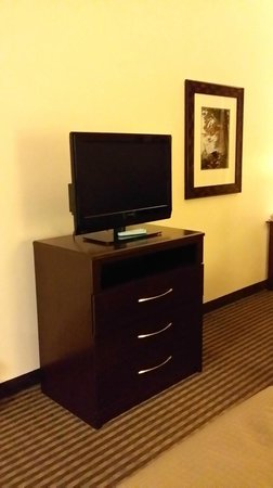 Best Western Legacy Inn & Suites: tv with small dresser