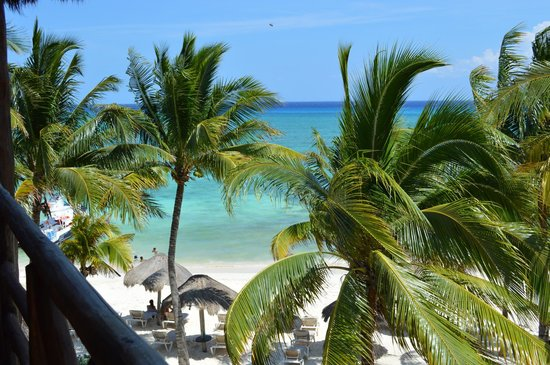 Mahekal Beach Resort: vista de la playa desde el balcón