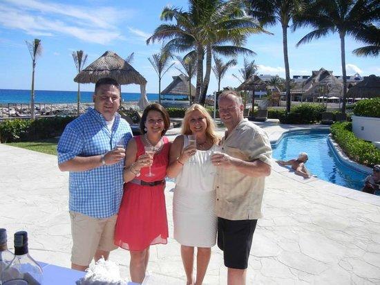 Hard Rock Hotel Riviera Maya: Cheers