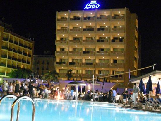 Hotel Lido Bibione Beach: Hotel Lido di sera