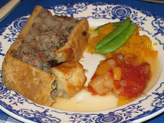 Aux Anciens Canadiens : traditional Quebecois pie made with bison, elk, and other wild game