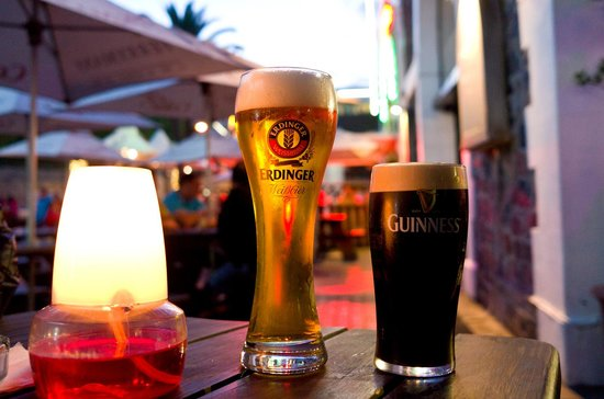 Ferrymans Tavern: Excelentes cervejas por um terço do que pagamos no Brasil.