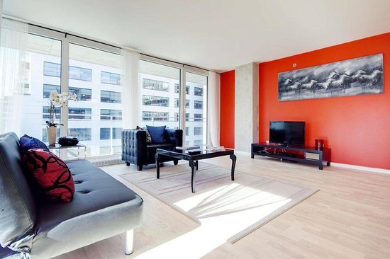 CorporateStays - Le 400 Sherbrooke Ouest : Fully furnished. 600 square feet living rooms