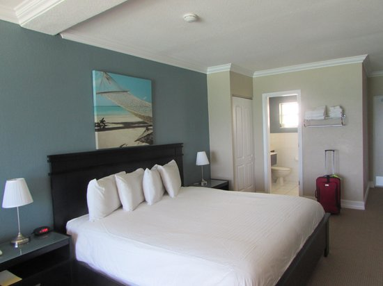 Sun Tower Hotel & Suites : comfy bed