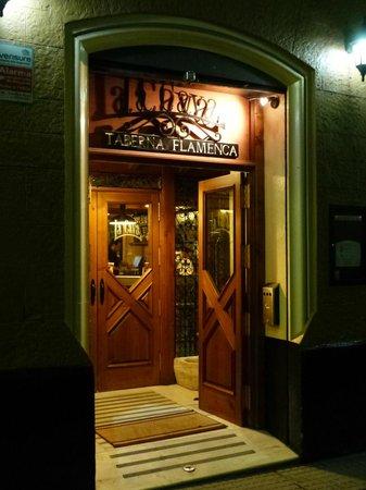 La Cava Taberna Flamenca: Eingangstür