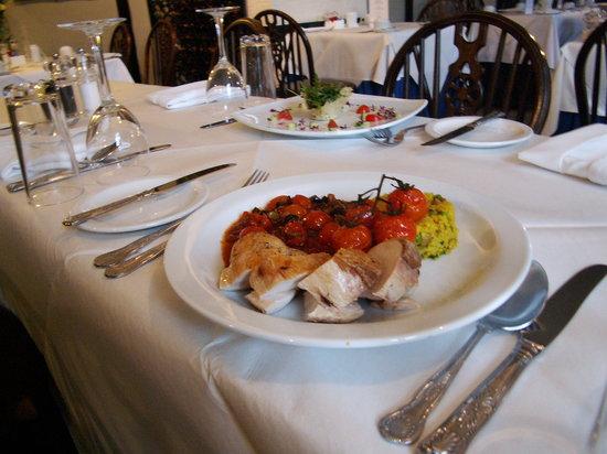 Heworth Court Hotel: Chicken Mediterranean