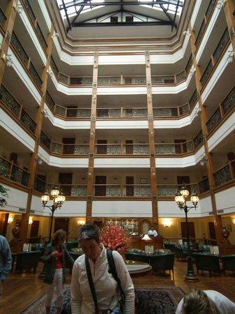 The Oberoi Cecil, Shimla: Atrium