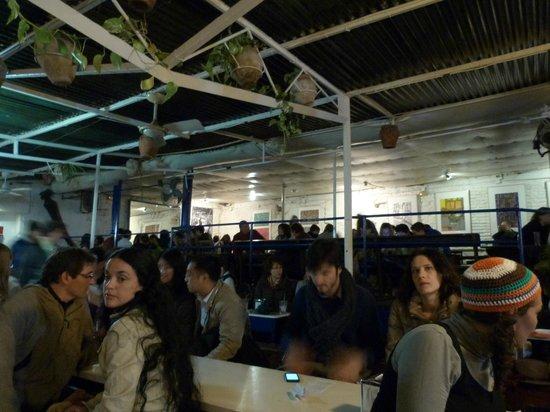 La Carbonería: Die Halle