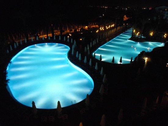 SENTIDO Perissia: Pool