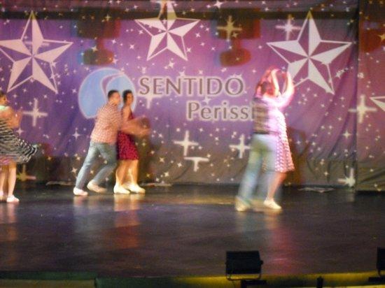SENTIDO Perissia: Abenshow  Aussenbühne