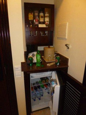 Hotel Riu Palace Riviera Maya: Bebidas habitación