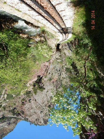 Vouraikos Canyon - Cog Railway : Tumbling waters