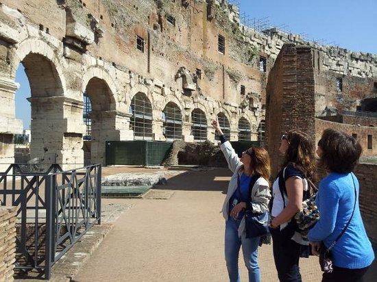 Divine Rome - Rome Tours: Coliseum with Tiziana