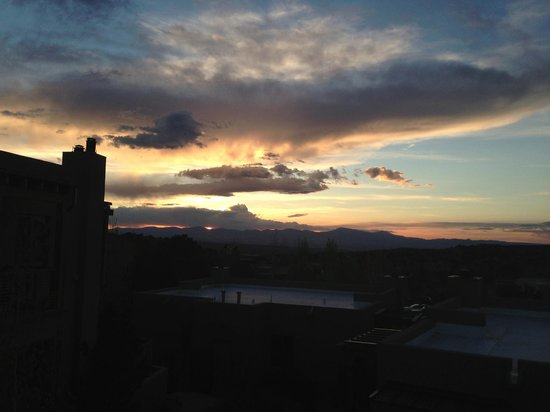 Four Seasons Resort Rancho Encantado Santa Fe: Sunset from our Vista Casita