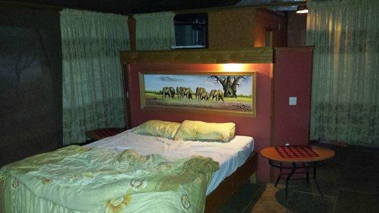 Sentrim Amboseli: l'interno della tenda