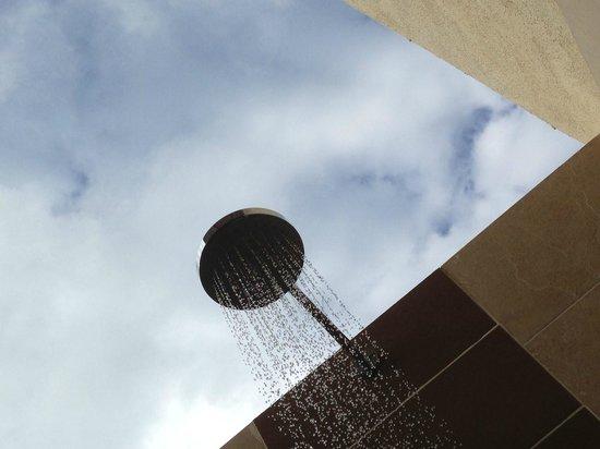 Melia Buenavista: outdoor shower :-)
