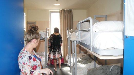 Barcelona Urbany Hostel : Room